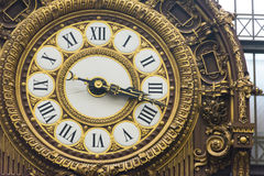 时钟在奥赛博物馆 法国巴黎 免版税库存照片