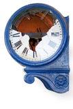时钟损坏的老减速火箭 免版税库存照片