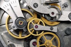 时钟特写镜头齿轮红宝石石头 库存照片
