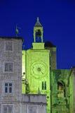 时钟著名罗马式分开的塔 库存图片