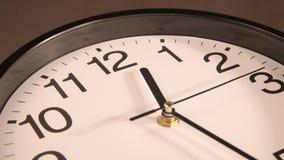 时钟装饰房子墙壁 影视素材