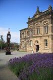 时钟gateshead大厅城镇 免版税库存图片