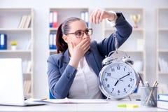 时间安排概念的女实业家 免版税库存图片
