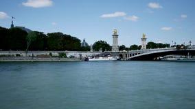 时间间隔在巴黎,塞纳河 alexandre桥梁iii 影视素材