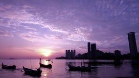 时间间隔:在丹戎Bungah马来西亚的美好的日出 股票录像