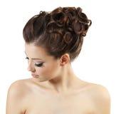 时髦女孩的发型 免版税库存照片