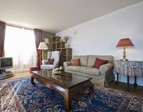 时髦的客厅 免版税图库摄影