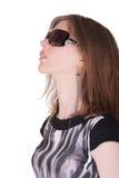 时髦的少妇戴太阳镜 库存图片