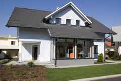 时髦的房子 免版税图库摄影