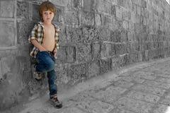 时髦的男孩 免版税库存照片