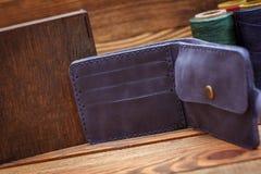 时髦的皮革钱包 库存图片