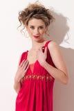 时髦的美好的接近的女孩maekeup红色 免版税库存图片