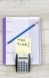 时刻准备所得税退款 免版税库存图片