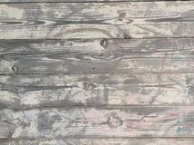 时间和太阳之前佩带的橡木板条退了色并且烘干 免版税库存图片