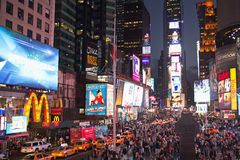 时代广场在晚上(纽约,美国) 免版税图库摄影