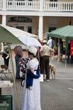 时代装束的夫人参加1812记念战争的在Warrenton,弗吉尼亚 免版税库存图片