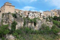 昆卡省镇全视图早晨。卡斯蒂利亚La Mancha, 免版税库存照片