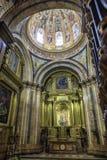 昆卡省, Nuestra Señora d教堂大教堂的内部  免版税图库摄影
