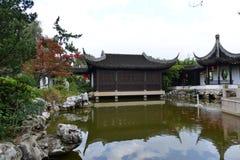 昆明,中国:Horti商展公园的浙江庭院 免版税图库摄影