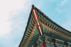 昌德宫宫殿韩国传统房檐和屋顶在汉城,韩国 免版税库存图片