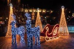 明亮地被点燃的圣诞节雪撬 免版税图库摄影