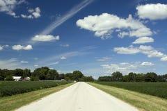明亮的乡下公路 库存照片