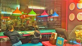 明亮的五颜六色的饭菜外卖点 免版税库存图片