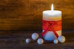 明亮的光亮的圣诞节蜡烛 图库摄影