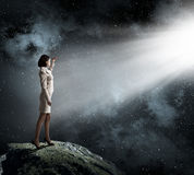 明亮的光的妇女 免版税图库摄影