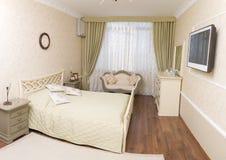 明亮的卧室 免版税库存图片