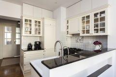 明亮的厨房 库存照片
