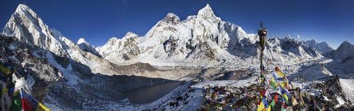明亮的喜马拉雅山 免版税库存照片