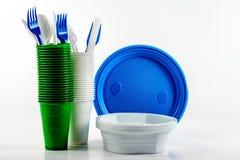 明亮的塑料一次性碗筷 库存照片