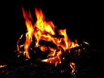明亮的夜篝火 库存图片