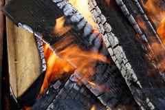 明亮的火背景 免版税库存图片