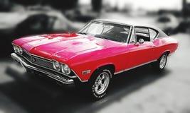 明亮的红色经典hotrod 库存照片