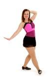 明亮的舞蹈演员轻拍年轻人 免版税库存照片