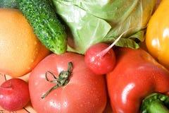 明亮的色的可口富有的蔬菜 免版税库存图片