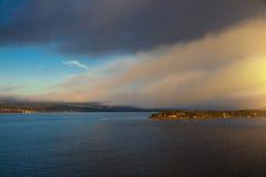 黎明在奥斯陆海湾 库存照片