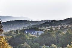 黎明在山区 免版税图库摄影