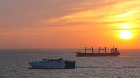 黎明地中海帆船日出 库存图片