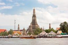 黎明寺在曼谷泰国 免版税库存图片