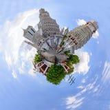 360黎明寺在Th的Ratchawararam Ratchawaramahawihan全景  库存图片