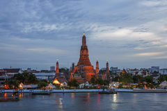 黎明寺寺庙在曼谷,泰国 免版税库存图片