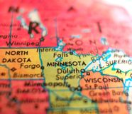 明尼苏达州美国集中宏观射击于旅行博克、社会媒介、网横幅和背景的地球地图 库存图片