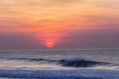 黎明日出海洋颜色 免版税库存图片