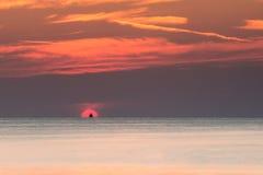 黎明有启发性岩石海运星期日 库存图片