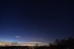 黎明,与树,星,行星,平面足迹, NJ 免版税库存图片