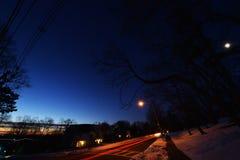 黎明,与树,星,行星,汽车落后, NJ 免版税库存照片