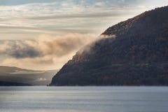 黎明,风暴哈得逊河国王Mountain和 库存图片